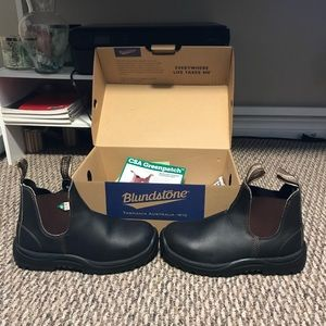 Steel toe blundstone never worn